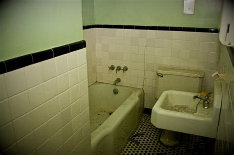 bathrooms st albans suicide bathroom st albans sanatorium a paranormal research site in radford va
