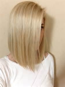 les meilleures id 233 es de coupes mi longues pour cheveux