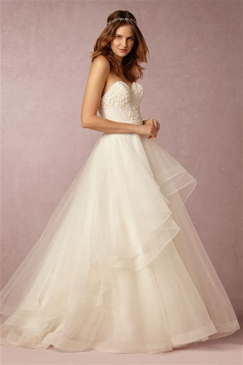 The Most Amazing Wedding Dresses for Brides with Big Belly