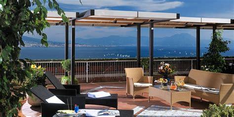 ristoranti con terrazza 6 ristoranti con terrazza a napoli con panorami mozzafiato