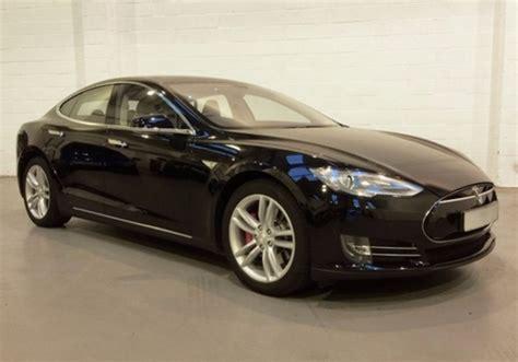 Tesla P85 Torque Uk Tesla Model S P85 Hire Rent A Tesla Model S P85