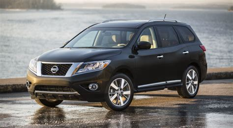 nissan mpg the fuel efficient 2015 nissan pathfinder