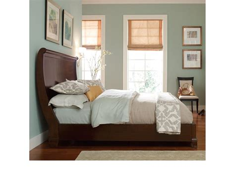 hgtv bedroom furniture bassett bedroom hgtv home furniture collection 2781 k155