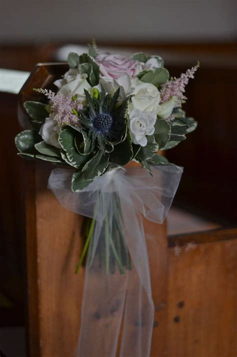 Pew Flowers For Weddings by Best 25 Pew Ends Ideas On Pew Flowers Church