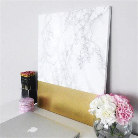 Diy Paintings For Home Decor by 25 Best Ideas About Gold Canvas On Diy Canvas