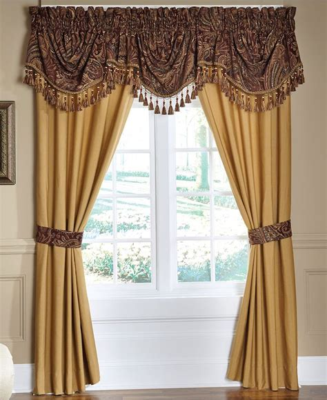 pretty drapes 1000 images about pretty window treatments on pinterest