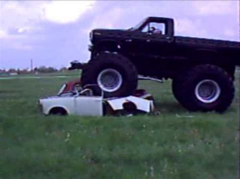bigfoot monster truck videos youtube bigfoot monster truck king show youtube