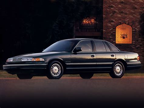 how to sell used cars 1995 ford crown victoria spare parts catalogs ford crown victoria 1995 1997 ford crown victoria 1995 1997 photo 04 car in pictures car