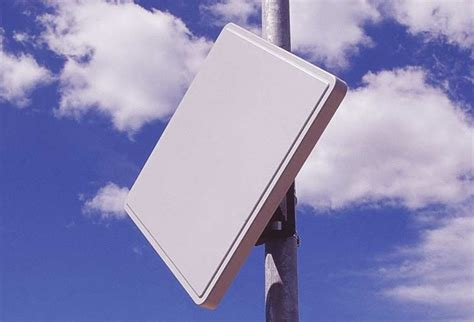 directional flat panel antennas by gabriel antenna