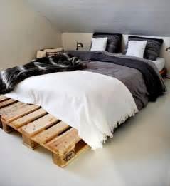 Diy Bed Frame Wooden Pallets Diy 20 Pallet Bed Frame Ideas 99 Pallets