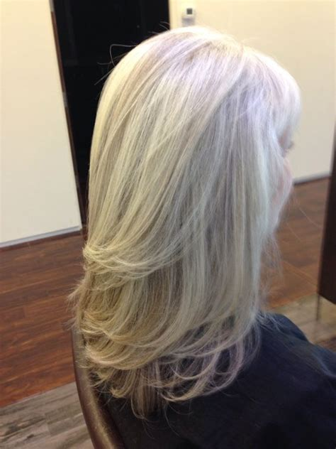 white highlights to blend in gray hair pattern matching blonde highlights on natural gray hair