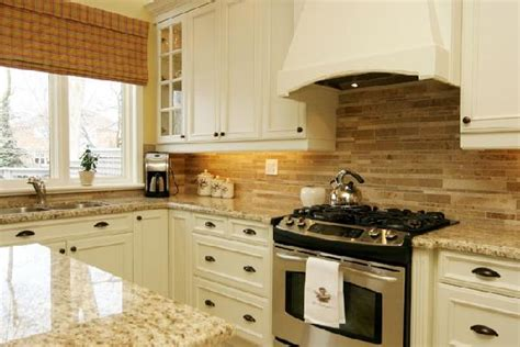 kitchen cabinets backsplash ivory kitchen cabinets design ideas