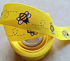 Asya Baby Yellow bee cakes bumble bee cake and bumble bees on