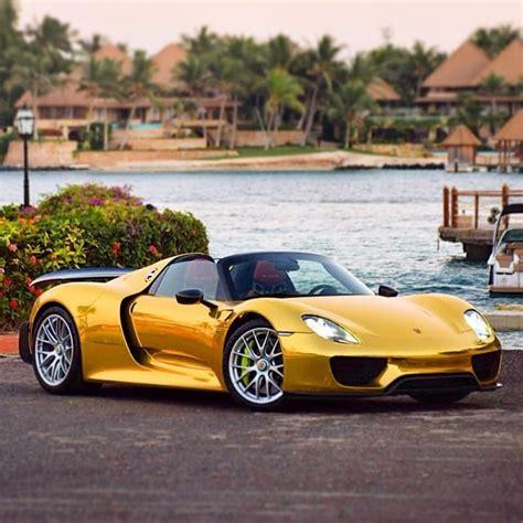 Gold Porsche 918 Spyder Autofluence