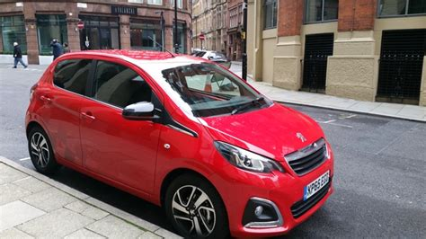 peugeot christmas manchester christmas markets with peugeot 108 holly goes