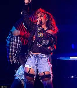Loses Shirt While Performing Live by X Factor Usa Rihanna Thrills Fans In Shredded While