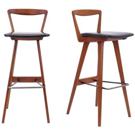 Hansen Teak Bar Stools by 1000 Ideas About Unique Bar Stools On Stools