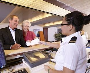 shops hiring front desk cruise ship office administration vacancies