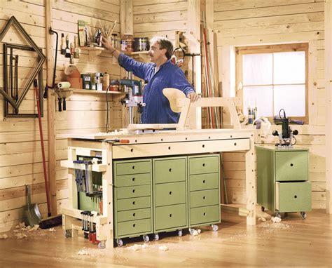 costruire un banco da lavoro in legno banco da lavoro su ruote bricoportale fai da te e bricolage