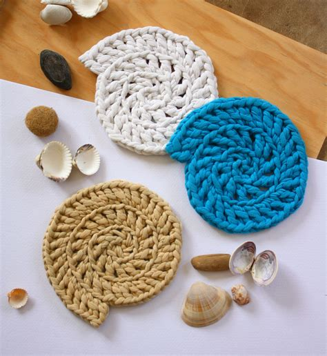 2 color to relax beautiful crochet masterpieces 30 images single sided volume 2 books recycled t shirt fabric crocheted shell shaped coasters