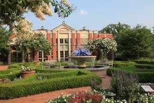 file atlanta botanical gardens welcome center jpg wikimedia commons