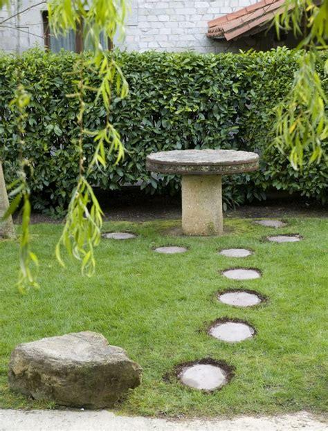 losetas jardin camino de jardin ideas atractivas piedras losas y baldosas