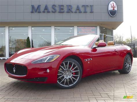 red maserati convertible 2013 maserati granturismo convertible grancabrio in rosso