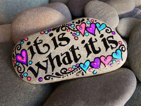 Pet Rock Snowy les 2343 meilleures images du tableau sticks n stones sur peinture sur cailloux