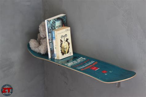 Adore Home Decor cr 233 ation 233 tag 232 re table de chevet en skateboard