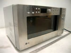 Lg Microwave Toaster Combo 13ea Microwave Ovens To Include 10ea Lg Mdl Ltm9000st