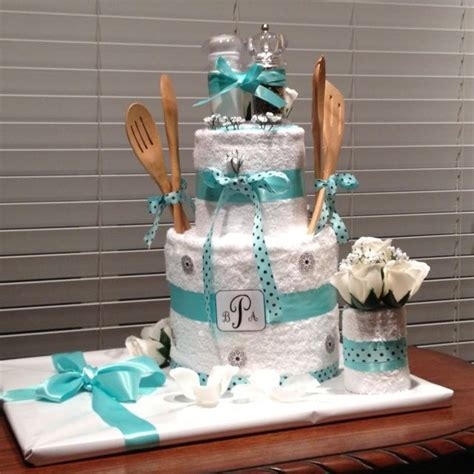 kitchen bridal shower ideas 1000 images about bridal shower gift ideas on