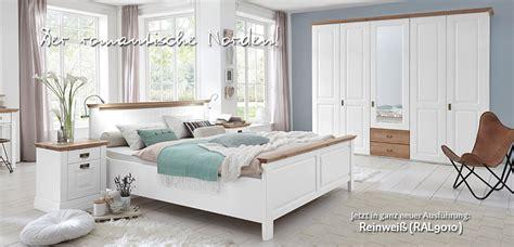 schlafzimmer landhausstil ikea landhausstil schlafzimmer nordic dreams massivholzm 246 bel