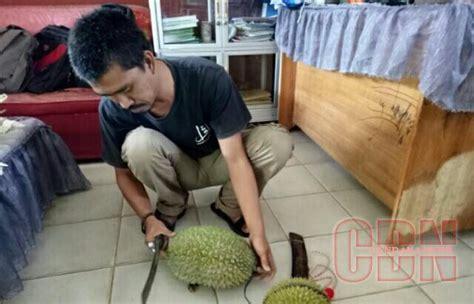 Pia Kemuning Rasa Aren nikmatnya durian khas padan dalam sajian kuliner kolak ketan cendana news