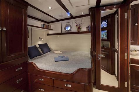 motor boat with living accommodation review burger 151 fantail cruiser quot sycara iv quot page 2