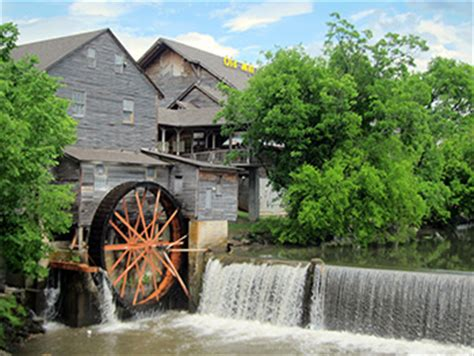 smoky mountains attractions | gatlinburg attractions