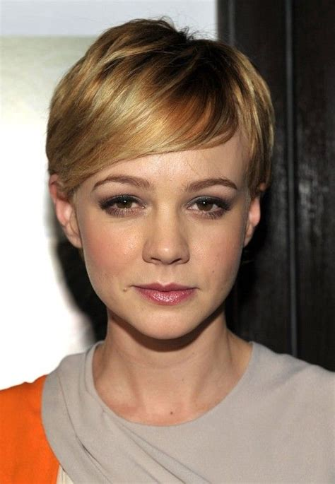 how to do side crop with peak hairstyle 1044 best images about 01剪髮設計 pixie crop on pinterest