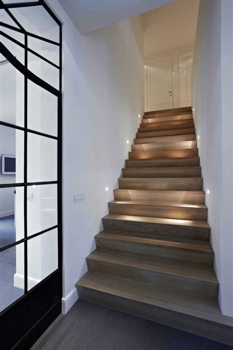 geländer für treppenaufgang treppe wand design