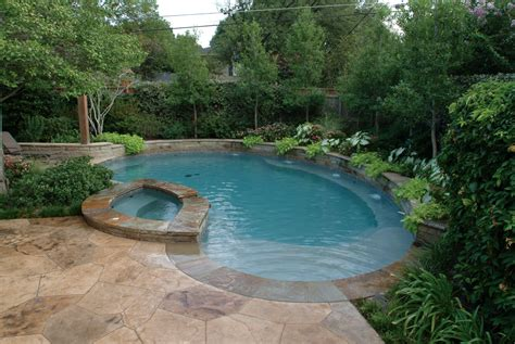 backyards with pools and landscaping what the best in ground backyard pool landscaping ideas