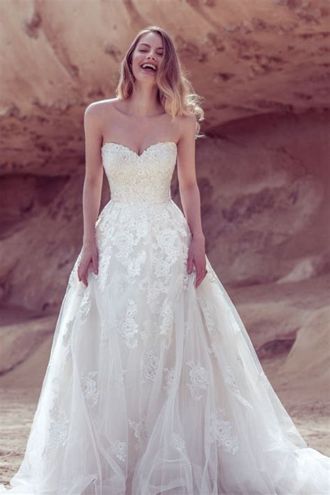 25 best ideas about sweetheart wedding dress on pinterest