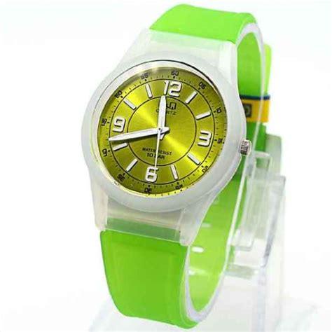 Harga Jam Tangan Digital Merk Q Q jual jam tangan q q q 42 analog rubber