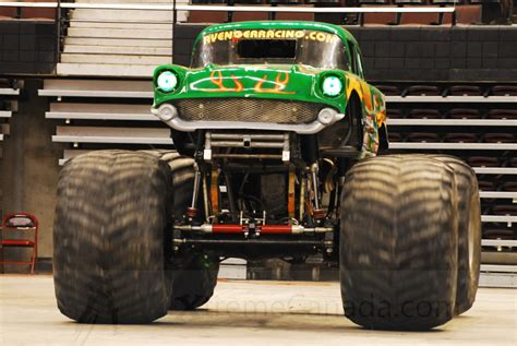 monster truck show ontario 2009 monster trucks at scotia bank place ottawa ontario