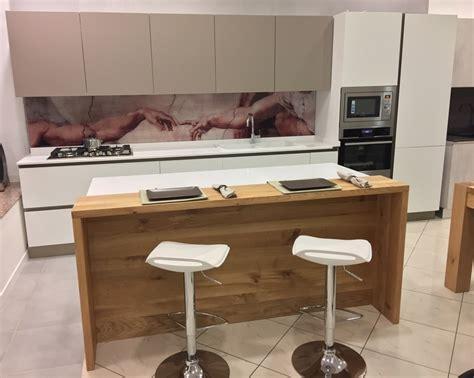 cucine fascia alta cucina dibiesse a isola top quarzo elettrodomestici