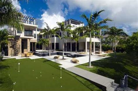 rory mcilroy house report rory mcilroy buys 10 9 million mansion in florida cbssports com