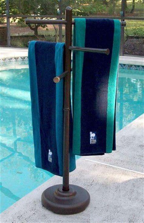 Pool Towel Rack Stand by Poolside Towel Racks Easy Home Concepts