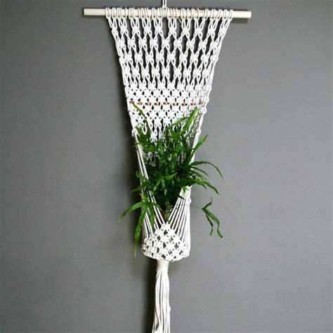 Macrame Plant Holder Pattern - best 25 macrame plant hanger patterns ideas on