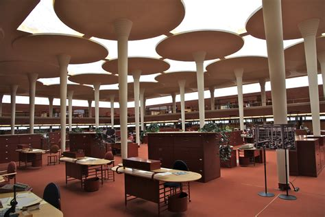 frank lloyd wright s created an architectural masterpiece