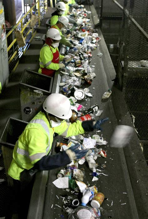midst  china recycling crisis american cities