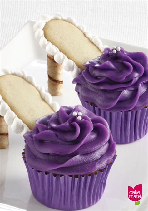 Cupcakes Served By A Fashionista by 222 Best Images About Delicious Cupcake Recipes On