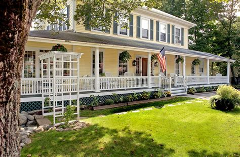 Bar Harbor Bed And Breakfast by Holbrook House In Bar Harbor Maine B B Rental