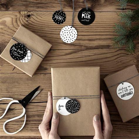 poner fotos en blanco y negro online compra etiquetas para regalo blanco y negro 12 y